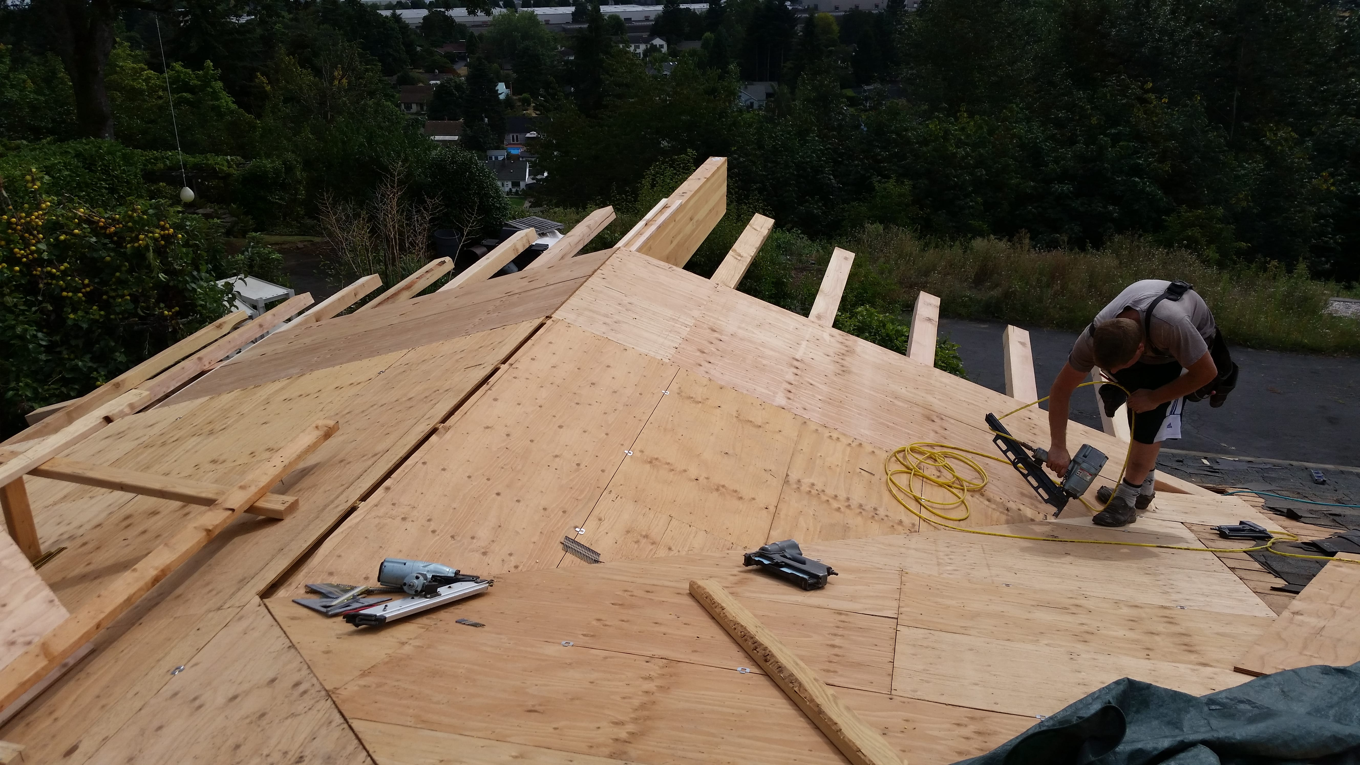Framing a patio cover with wide eaves