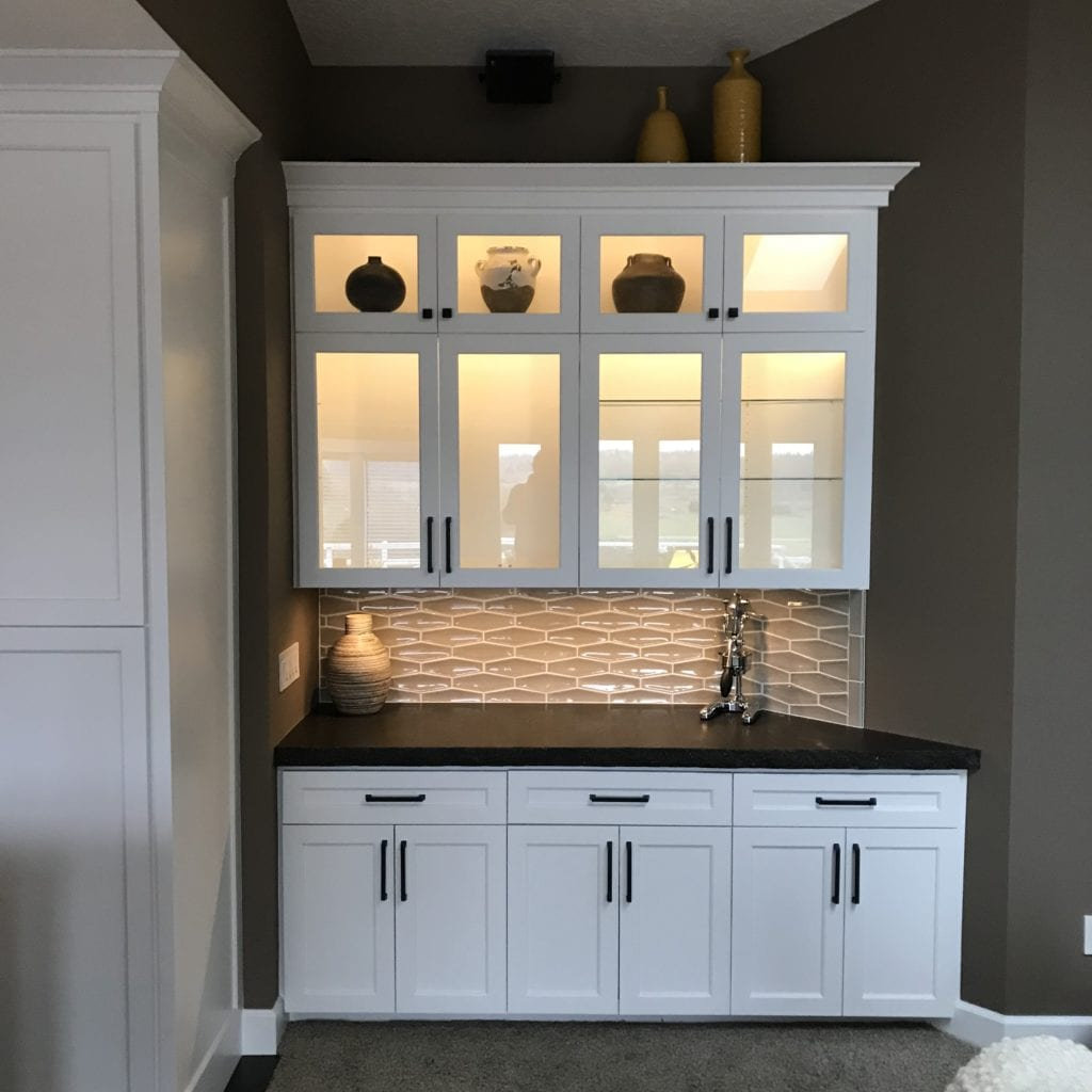 dry bar lighted upper cabinets